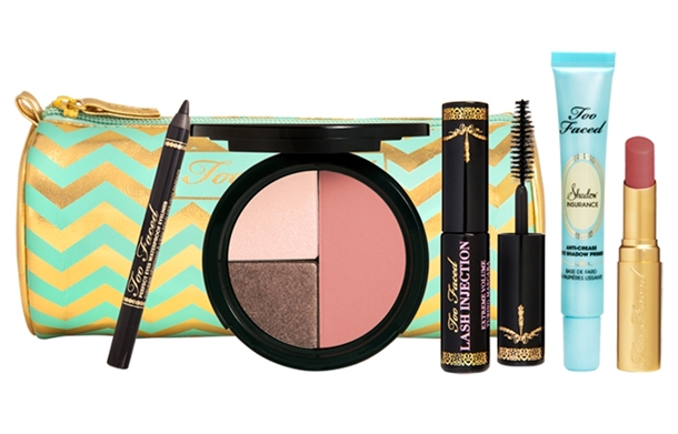 Too-Faced-All-I-Want-for-Christmas-Set
